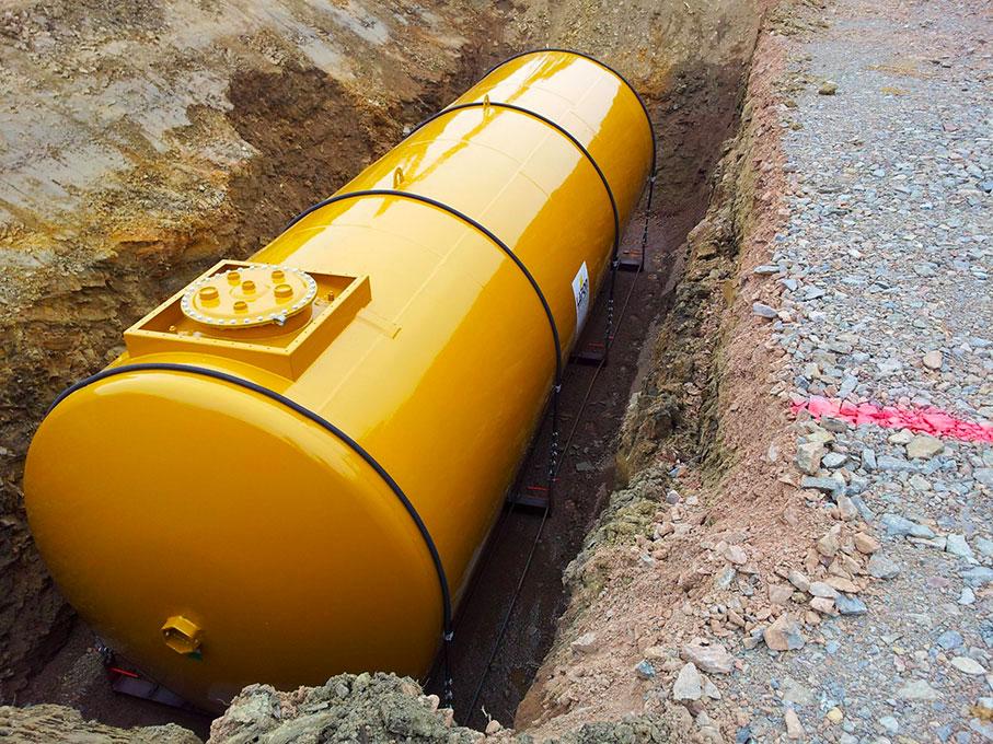 Cuves pétrolières enterrées